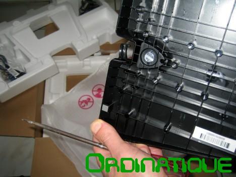 D ballage et test du moniteur lg flatron e2242 ordinatique for Moniteur montage video